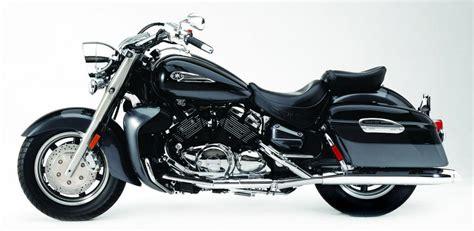 Rosya Syari 2005 yamaha royal tour deluxe moto zombdrive