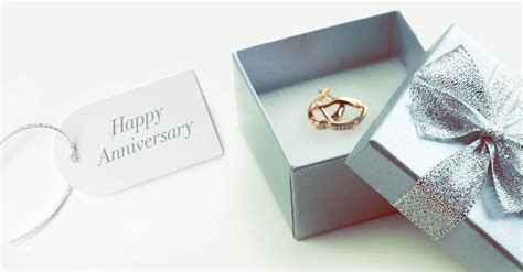 Wedding Gift Hers by Find The Right Anniversary Gifts For American Express