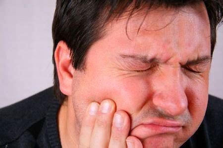 brividi di freddo e mal di testa scribacchiando per me febbre