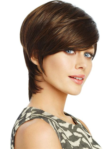 trendy cropped shag hairstyle cropped shag hairstyles shag hairstyles shoulder length