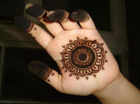 henna design circle 15 mehandi or henna circle designs with photos