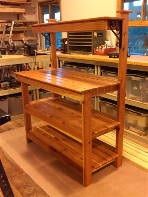 potting bench  real beauty     hammer