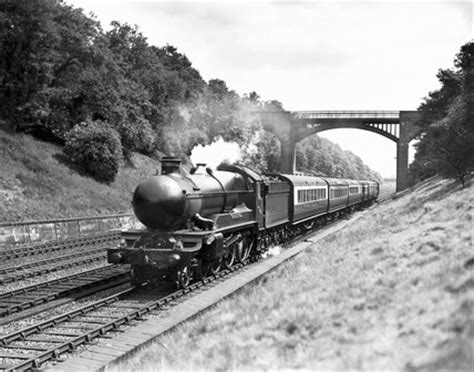 Manorbier Castle' No. 5005, G.W.R. steam locomotive