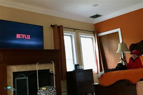 netflix the room netflix time is any time