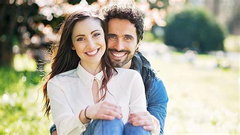 7 Gorgeous Couples by 10 أسرار لازم كل ست تعرفها عن الرجالة Fawzya