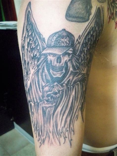 tattoo angel skull skull angel tattoo picture at checkoutmyink com