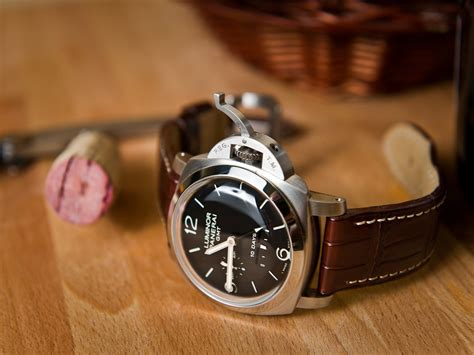 Panerai Pam 237 Ultimate Swiss Eta 11 reviewing the best quality swiss panerai luminor 1950 10
