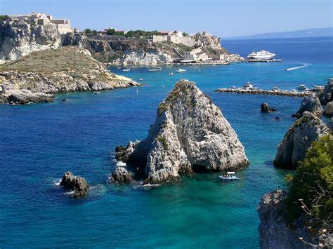 vacanza isole tremiti isole tremiti viaggi vacanze e turismo turisti per caso