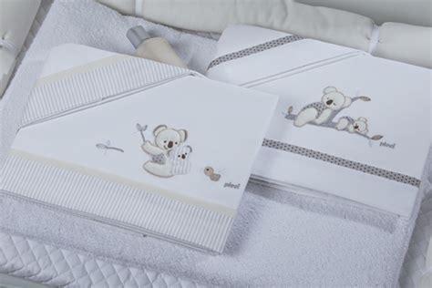 culle bimba ricami fai da te per le lenzuola dei neonati