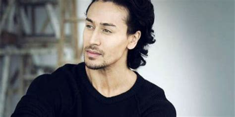 tiger shroff hair style tiger shroff to shave his hair off for baaghi 2