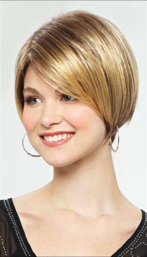 very short hair cuts showing back very short inverted bob www imgkid com the image kid
