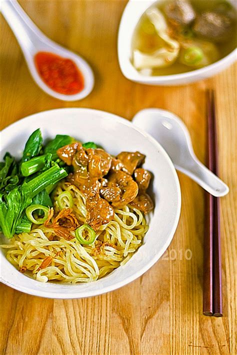 mie ayam jamur indonesian chicken mushroom noodle recipe