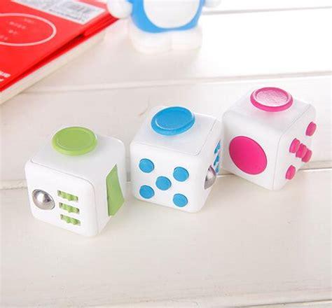 Mainan Pelepas Stress Fidget Cube Mainan Kubus Cube 2 mainan pelepas stress fidget cube black jakartanotebook