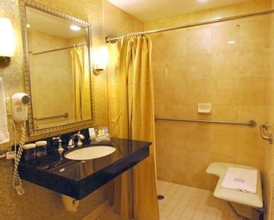 east syracuse hotel rooms accessible rooms doubletree  hilton hotel syracuse