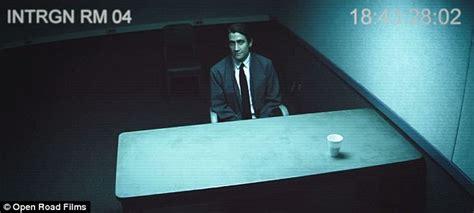 shoots himself in interrogation room jake gyllenhaal looks gaunt in nightcrawler trailer daily mail