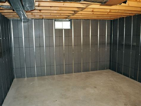 insulating basement wall with thermaldry basement wall system