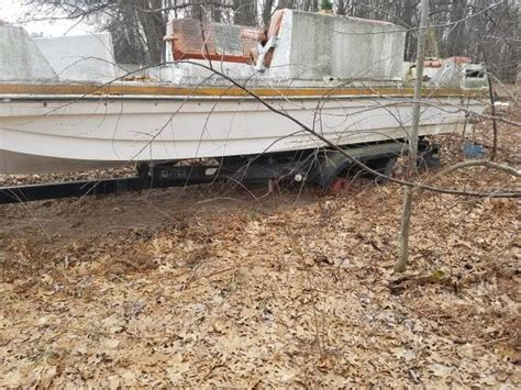 i want a free boat boat and tandem trailer saginaw mi free boat
