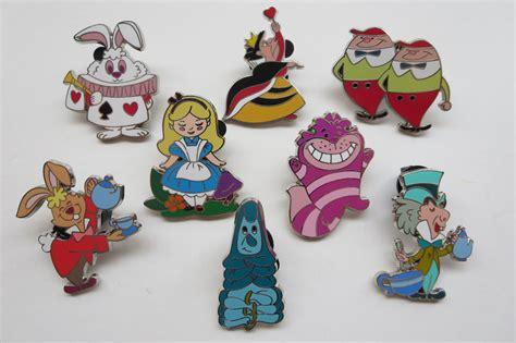 Satu Set Pinset disney in mystery pin set complete set of 8 pins ebay