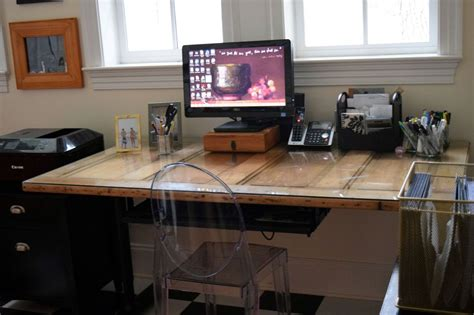 Diy Door Desk 5 Simple Desk Designs You Can Put Together By Yourself