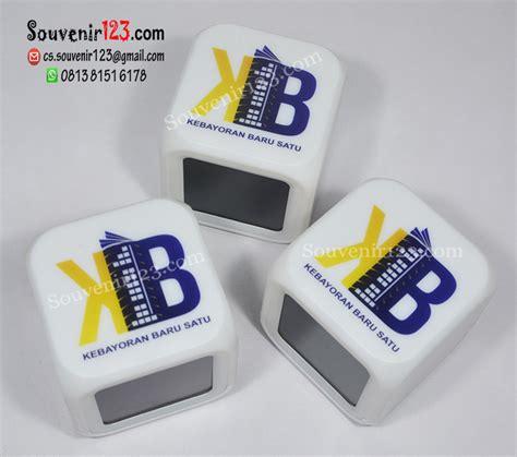 Jam Dadu barang promosi souvenir promosi souvenir perusahaan usb promosi pulpen promosi baju promosi