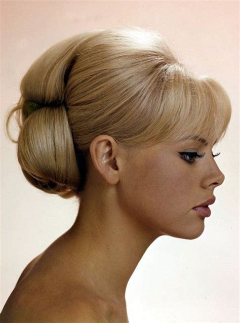1960s bouffant hairstyle 1960s bouffant hair hair makeup pinterest