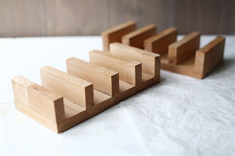 Taco Racks Holders by How To Make Wooden Diy Taco Holders The Tortilla Channel