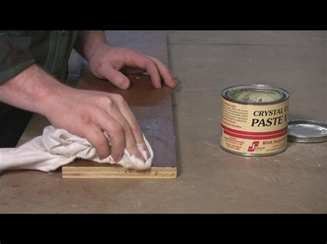 Best Wax For Wood Furniture by How To Apply Wax To Wood Ehow