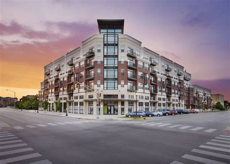 find an apartment in downtown indy cosmopolitan on the canal downtown indy apartments