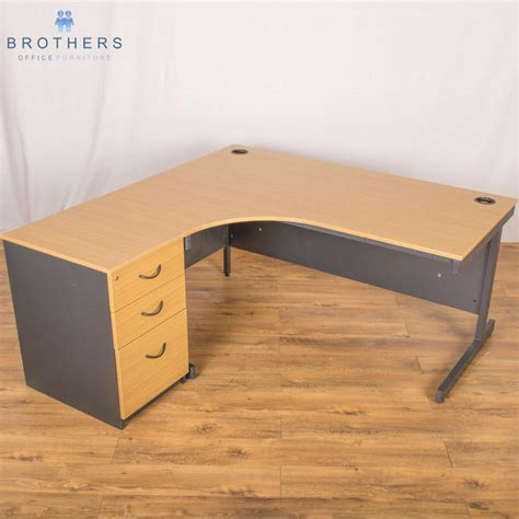 Used Corner Desk Used Corner Workstations Crescent Desks Brothers Office Furniture