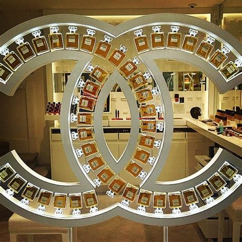 perfume store design ideas custom showcase mall kiosk