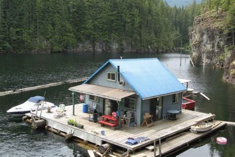 Floating Homes ? Insteading