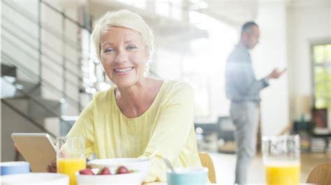 alimentazione e menopausa alimentazione in menopausa cosa mangiare e cosa evitare