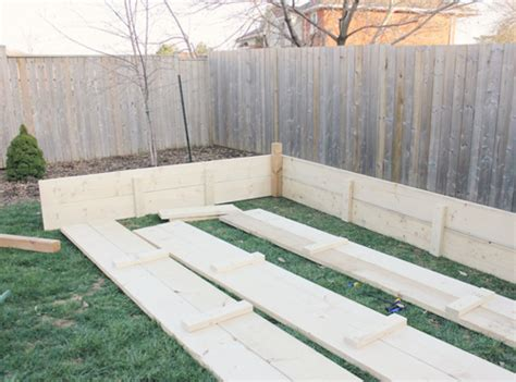 build  raised  shaped garden bed