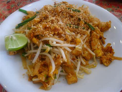 pad thai pad thai food comas