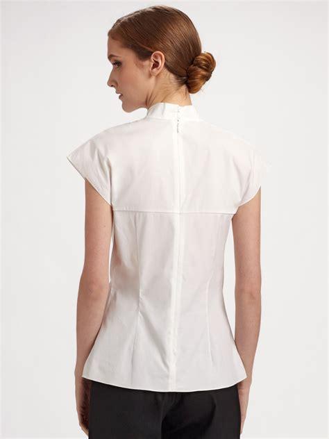 30779 White Cotton Blouse lyst carolina herrera cotton poplin ruffle front blouse in white