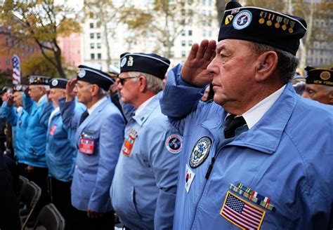 44 best before parade images best veterans day 2015 events in new york city 171 cbs new york