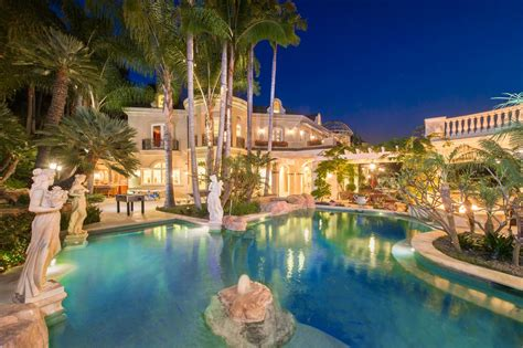 Backyard Pools Los Angeles Tour A European Style Villa With A Palatial Pool Hgtv