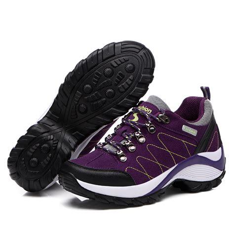 best womens hiking boots 22 innovative best hiking boots sobatapk