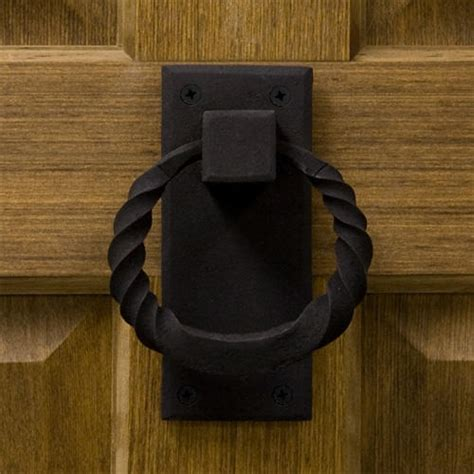 Twisted Ring Iron Door Knocker   Hardware