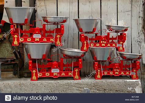 altmodische skalen units of measurement stockfotos units of measurement
