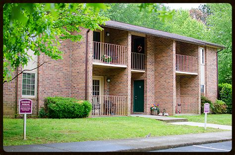 meade apartments townhomes 7209 clinton pike