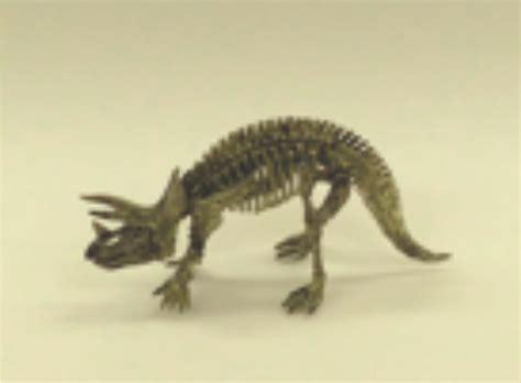 triceratops dinosaur excavation kits dig  build