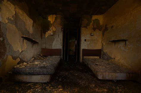 best abandoned places abandoned asylum an autopsy of america s most creepiest