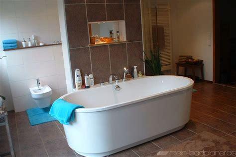 Freistehende Badewanne In Ovaler Form Badewannen