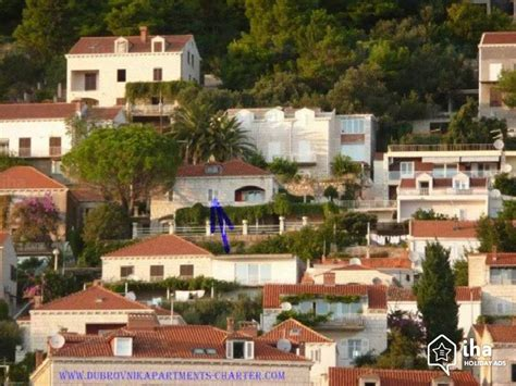 garden house bed and breakfast guest house bed breakfast in dubrovnik iha 67982