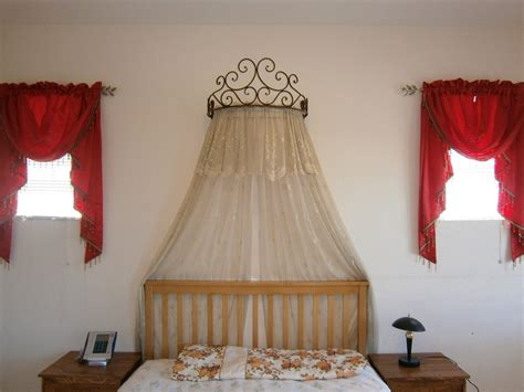Bed canopy attached to wall bangdodo