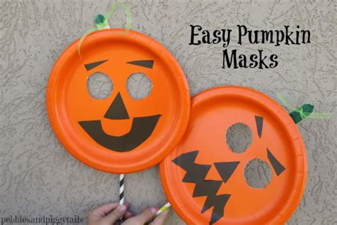 easy paper plate pumpkin mask onecreativemommy