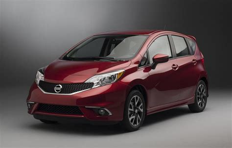 nissan versa note 2015 2015 nissan versa note sr revealed at chicago