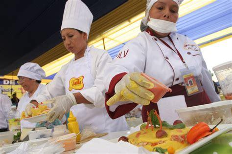 cadena de comida rapida trabajo cadena de comida r 225 pida sana y peruana ser 225 una realidad
