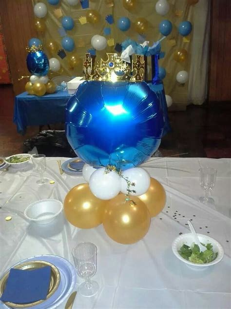 Crown Balloon Backdrop Royal Baby Shower Stuff To Try Royal Baby Shower Centerpieces